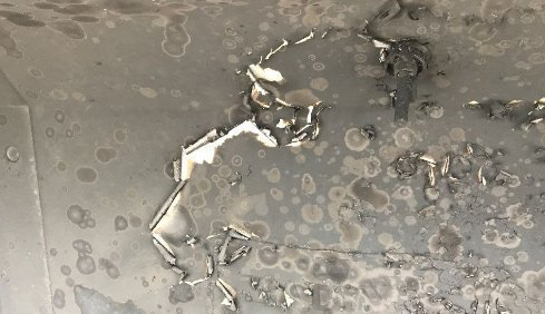 Grease build-up on grill lid